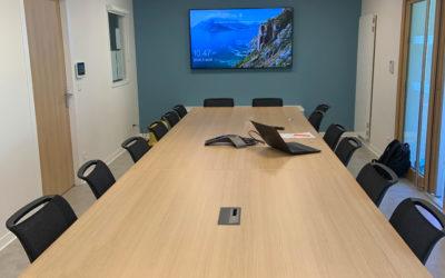 Une salle de conseil: ergonomique et moderne